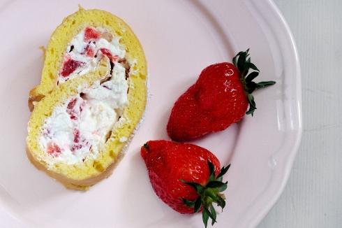 Erdbeer-Biskuitroulade_2